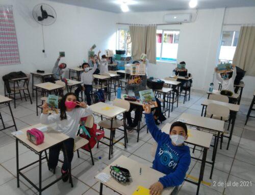 Projeto Imbé lança revista educativa para as escolas da rede pública de Imbituba